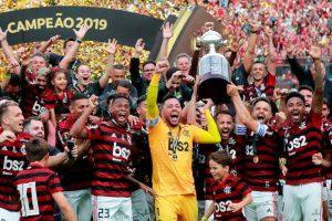 En los últimos minutos, Flamengo se llevó la gloria eterna