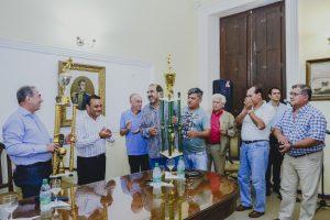 Premios a veteranos de fútbol en Vicegobernación