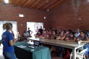 Agricultura Familiar capacita a  productores feriantes de la Provincia
