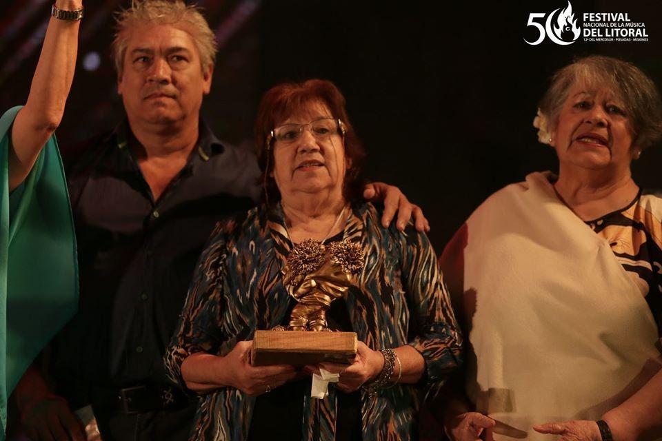 «Soy bien misionero»: Conmovedor homenaje al gran Alcibíades Alarcón en la tercera noche del Festival del Litoral