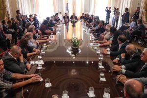 El Gobierno lanzó el pacto social con empresarios, gremios y organizaciones sociales