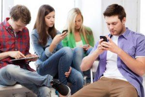 ¿Cómo se informan los argentinos?: las redes sociales son las preferidas, pero no todos confían