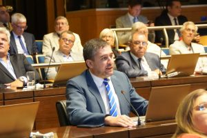 El radicalismo reeligió a Mela como presidente del Bloque de Diputados