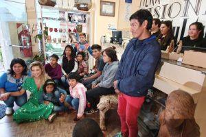 La Primera Dama, entre guaraníes y artesanías misioneras