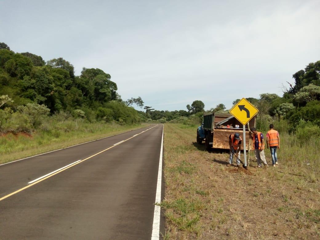 Vialidad colocó carteles de señalización en la ruta N° 27