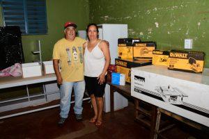 Yacyretá entrega equipamientos a emprendedores