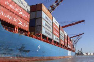 El Gobierno endurece controles a las importaciones de bienes de consumo