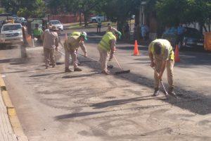 La Municipalidad de Posadas desarrolla trabajos de asfaltado en distintos puntos de la ciudad
