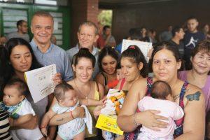 Carlos Arce acompañó la jornada del P.A.S. en el barrio Nueva Esperanza de Posadas