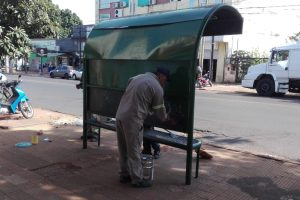 Posadas: realizan mejoras en los refugios del sistema de transporte público
