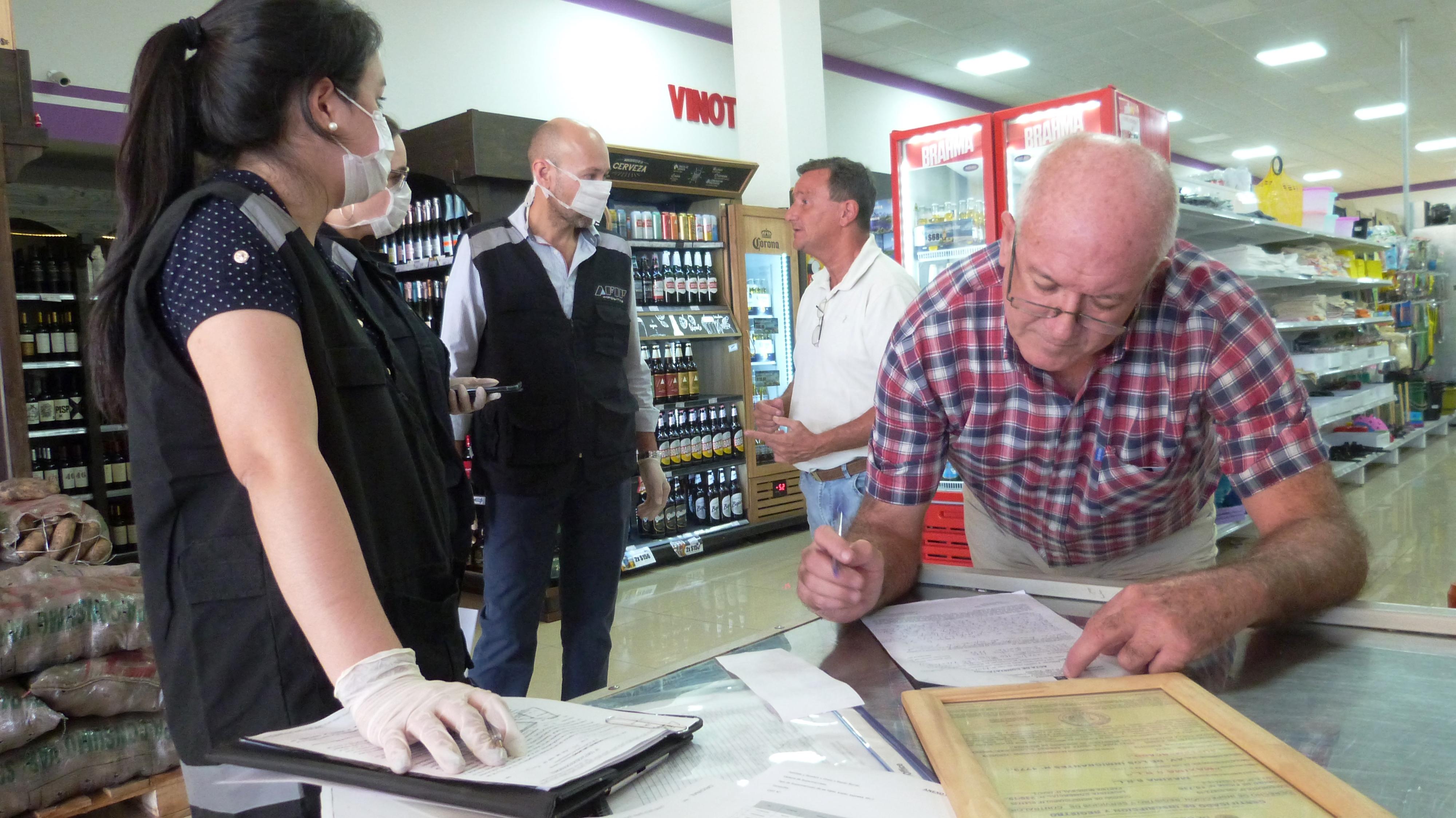 Acción Cooperativa y la AFIP realizaron control de precios y provisión de productos esenciales en Oberá