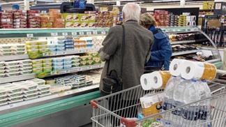 Clausuraron 12 supermercados y sancionaron a comercios por sobreprecios