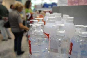 En Misiones examinan precios y disponibilidad de repelentes y alcohol en gel en comercios